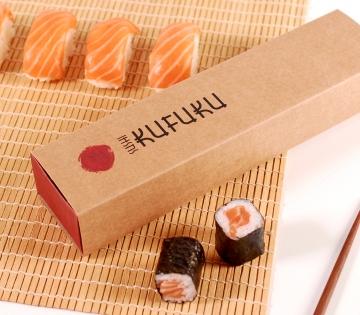 Boîte allongée sushis