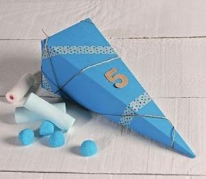 Boîte à dragées triangulaire