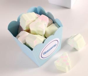 Petite boîte bords ronds pour bonbons