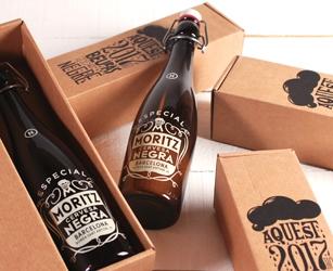 Coffret de présentation bière Moritz édition limitée. Boîte d'envoi taille standard avec impression personnalisée.